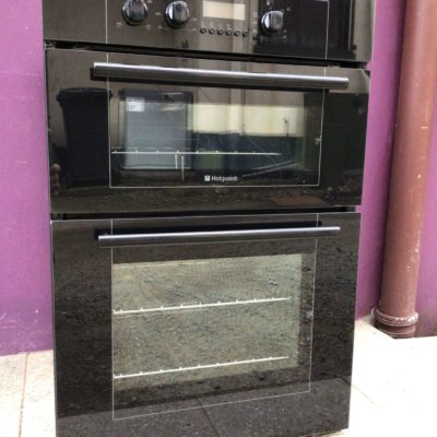 Black Hotpoint 900mm integrated double oven
