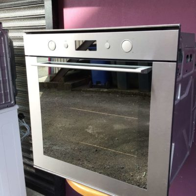 Whirlpool 600mm integrated single oven