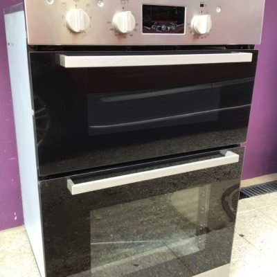 Black & chrome Hotpoint 900mm integrated double oven